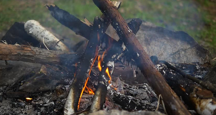 Doğada Nasıl Ateş Yakılır?